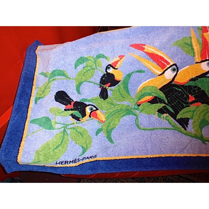 tapis serviette de plage herm s toucans le grenier d 39 amatxi. Black Bedroom Furniture Sets. Home Design Ideas