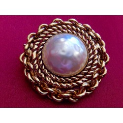 Broche ateliers Chanel perle