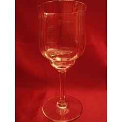 Verres à vin blanc Baccarat...